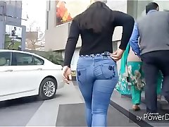 Punjabi Big ass walkin in mall