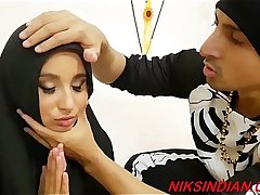 Kashmiri Hijab girl fucked hard by Indian guy in hardcore style